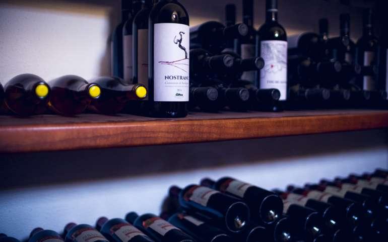 """Vino: i consumatori """"top"""" scelgono le etichette italiane!"""