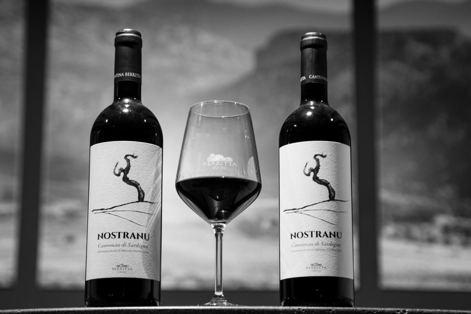 Auguri a tutti: e bevete buon vino!